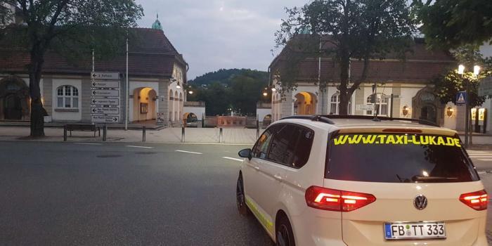Taxi-Luka-Touran